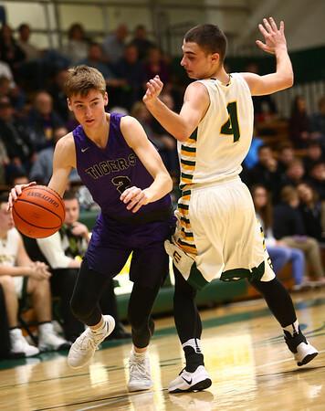1-14-17<br /> Eastern vs Northwestern boys basketball<br /> <br /> Kelly Lafferty Gerber | Kokomo Tribune