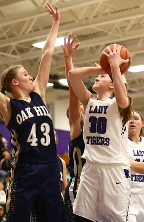 1-11-17<br /> Northwestern vs Oak Hill girls basketball<br /> NW's Stephanie Burns shoots.<br /> Kelly Lafferty Gerber   Kokomo Tribune