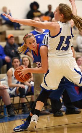 1-17-17<br /> Tipton vs Kokomo girls basketball<br /> Kokomo's Kylee Lauderbaugh looks for a pass.<br /> Kelly Lafferty Gerber   Kokomo Tribune
