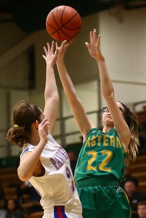 1-31-17<br /> Eastern vs Elwood girls basketball<br /> Eastern's Lexi James shoots.<br /> Kelly Lafferty Gerber   Kokomo Tribune