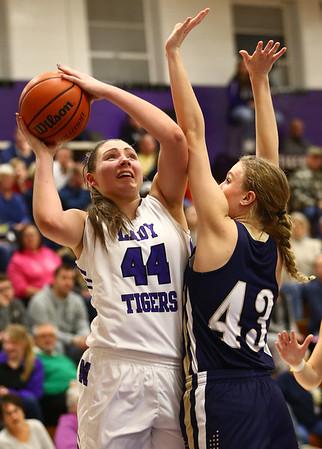 1-11-17<br /> Northwestern vs Oak Hill girls basketball<br /> NW's Kendall Bostic shoots.<br /> Kelly Lafferty Gerber   Kokomo Tribune