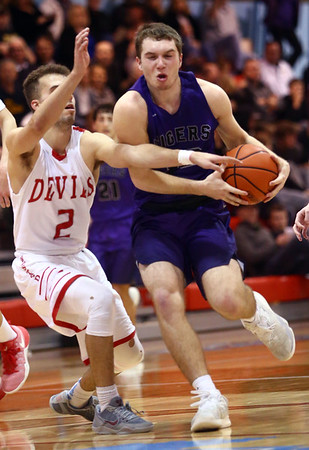 2-28-17<br /> Northwestern vs West Lafayette boys basketball<br /> NW's Noah Dowden dribbles down the court.<br /> Kelly Lafferty Gerber | Kokomo Tribune