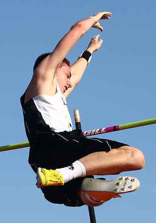 5-18-17<br /> Boys track and field<br /> Western's Zach Zentz clears the bar at 12 feet, winning the pole vault sectional with a PR.<br /> Kelly Lafferty Gerber | Kokomo Tribune