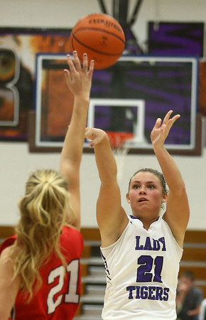 11-4-17<br /> Northwestern vs Twin Lakes girls basketball<br /> NW's Morgan Mercer shoots.<br /> Kelly Lafferty Gerber | Kokomo Tribune