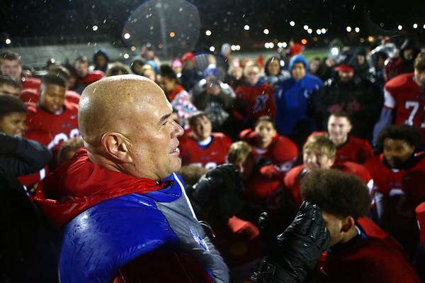 Coach Colby talks to the team after the semistate win last Friday night.<br /> Kelly Lafferty Gerber | Kokomo Tribune