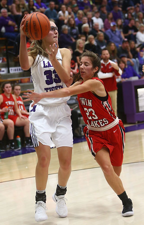 11-4-17<br /> Northwestern vs Twin Lakes girls basketball<br /> Madison Layden looks for a pass.<br /> Kelly Lafferty Gerber | Kokomo Tribune