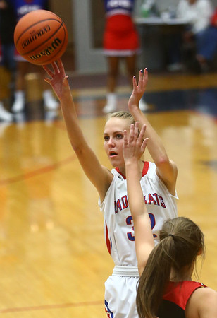 11-8-17<br /> Kokomo vs Taylor girls basketball<br /> Kokomo's Brittany Barnard shoots.<br /> Kelly Lafferty Gerber | Kokomo Tribune