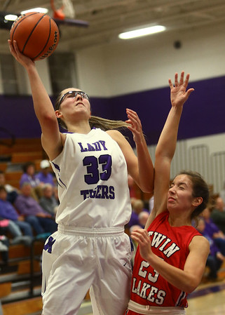 11-4-17<br /> Northwestern vs Twin Lakes girls basketball<br /> NW's Madison Layden shoots.<br /> Kelly Lafferty Gerber | Kokomo Tribune