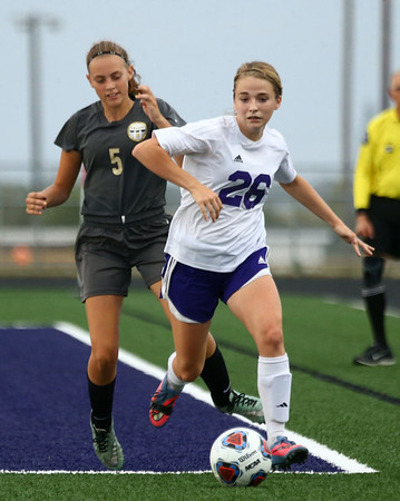 10-3-17<br /> Northwestern vs Delphi girls soccer<br /> Ashlyn Markley<br /> Kelly Lafferty Gerber | Kokomo Tribune