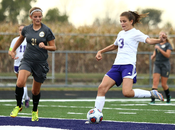 10-3-17<br /> Northwestern vs Delphi girls soccer<br /> Sarah Castillo<br /> Kelly Lafferty Gerber | Kokomo Tribune