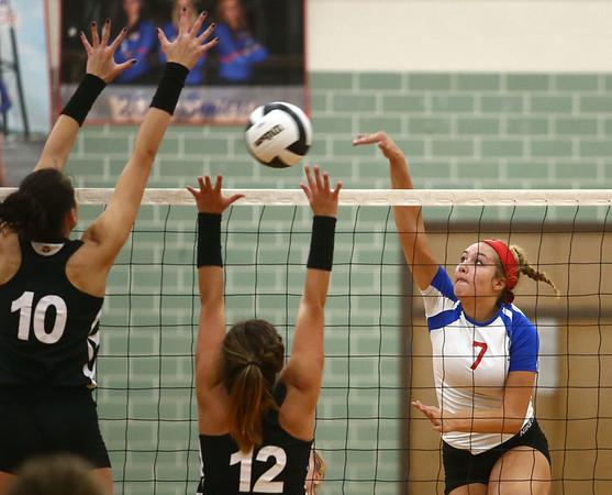 9-13-17<br /> Kokomo vs North Miami volleyball<br /> Kokomo's Gabby Cooper goes in for the kill.<br /> Kelly Lafferty Gerber | Kokomo Tribune