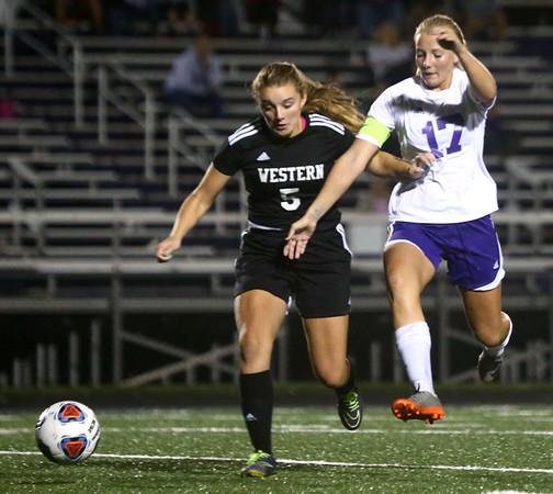9-14-17<br /> Northwestern vs Western girls soccer<br /> Western's Brooklyn Garber and NW's Olivia Hale go after the ball.<br /> Kelly Lafferty Gerber | Kokomo Tribune