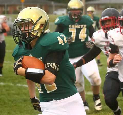 9-8-17<br /> Eastern vs Taylor football<br /> Eastern's Tytus Morrisett runs the ball.<br /> Kelly Lafferty Gerber | Kokomo Tribune
