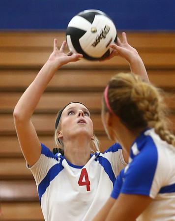 9-13-17<br /> Kokomo vs North Miami volleyball<br /> Kylee Lauderbaugh sets the ball.<br /> Kelly Lafferty Gerber | Kokomo Tribune