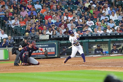 Astros_May_9_2017_0971