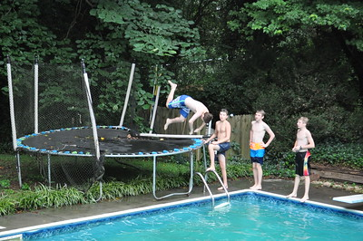 XC boys pool party