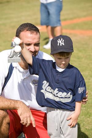Yankees-112208- _16 of 128_