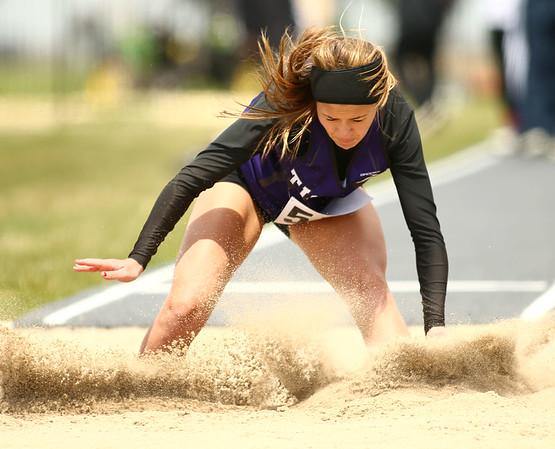 4-28-18<br /> Kokomo Relays<br /> NW's Hope Braun in the girls long jump.<br /> Kelly Lafferty Gerber | Kokomo Tribune