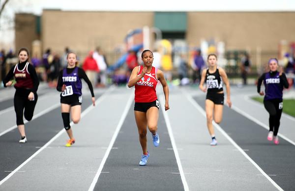 4-28-18<br /> Kokomo Relays<br /> Kokomo's Tionna Brown leads the pack in the 100 m dash.<br /> Kelly Lafferty Gerber | Kokomo Tribune