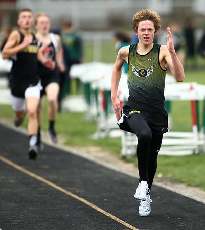 4-21-18<br /> Eastern Relays<br /> Brayden Richmond heads to the finish in the boys 1600m run.<br /> Kelly Lafferty Gerber | Kokomo Tribune