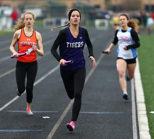 4-24-18<br /> Northwestern Relays<br /> NW's Kaylee Watson in the girls sprint medley relay.<br /> Kelly Lafferty Gerber | Kokomo Tribune