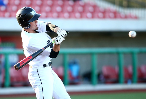 4-20-18<br /> Kokomo vs Western baseball<br /> Western's Noah Sanders bats.<br /> Kelly Lafferty Gerber | Kokomo Tribune