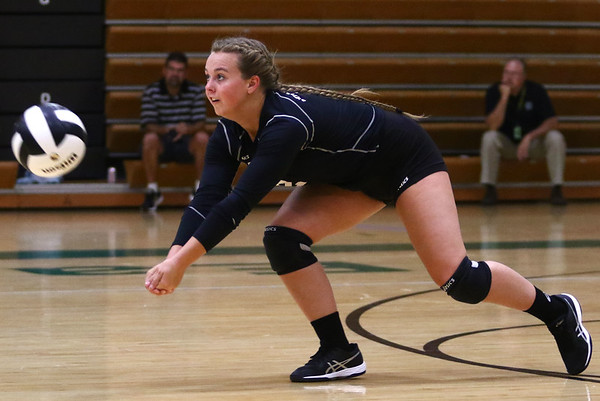 8-22-18<br /> Eastern vs Western volleyball<br /> Western's Karlyne Shepherd goes for a dig.<br /> Kelly Lafferty Gerber | Kokomo Tribune