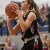 Makenna Siever prepares for a shot