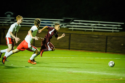 Varsity soccer between Hillsboro-Deering HS (white) and Derryfield (maroon) held on September 28, 2018 at the The Derryfield School in Manchester, NH.
