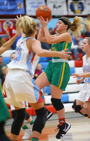 12-1-18<br /> Maconaquah vs Eastern girls basketball<br /> Eastern's Jeanie Crabtree shoots.<br /> Kelly Lafferty Gerber | Kokomo Tribune