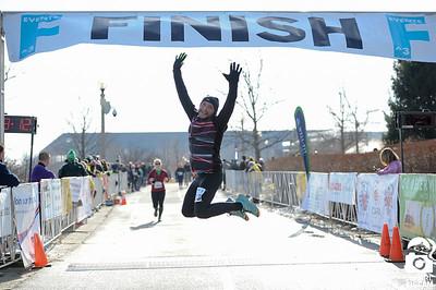 2018 F^3 Lakefront Half Marathon Finish Line