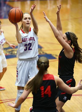 1-16-18<br /> Kokomo vs Logansport girls basketball<br /> Brittany Barnard shoots.<br /> Kelly Lafferty Gerber | Kokomo Tribune