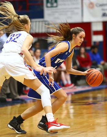 1-25-18<br /> Kokomo vs Tipton girls basketball<br /> Cassidy Crawford dribbles down the court.<br /> Kelly Lafferty Gerber | Kokomo Tribune