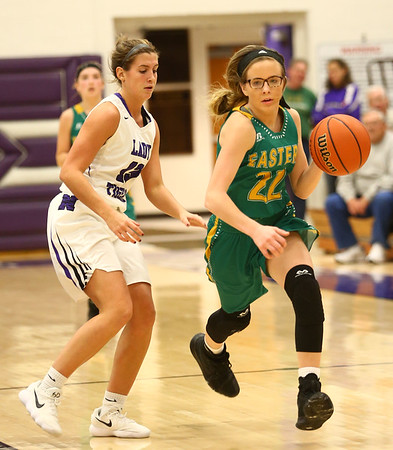 1-2-18<br /> Northwestern vs Eastern girls basketball<br /> Eastern's Alexis James dribbles down the court.<br /> Kelly Lafferty Gerber | Kokomo Tribune