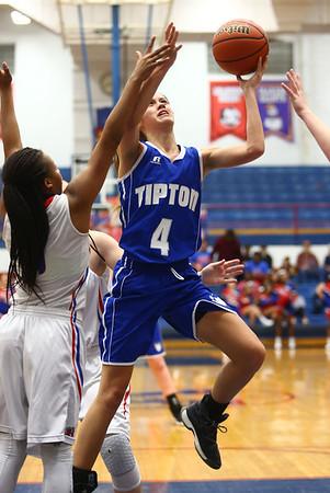 1-25-18<br /> Kokomo vs Tipton girls basketball<br /> Tipton's Cassidy Crawford goes to the basket.<br /> Kelly Lafferty Gerber | Kokomo Tribune