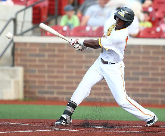 7-14-18<br /> Jackrabbits vs Rex<br /> Tavon Lindsay bats.<br /> Kelly Lafferty Gerber | Kokomo Tribune