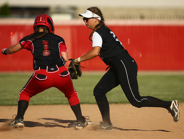 5-24-18<br /> Western vs Twin Lakes softball<br /> Karlyne Shepherd gets Twin Lakes' Hailey Applegate out at second.<br /> Kelly Lafferty Gerber | Kokomo Tribune