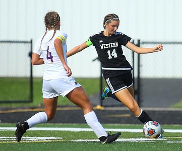 10-6-18 Western vs Marion girls soccer sectional championship Western's Alexandra Parr kicks the ball. Kelly Lafferty Gerber | Kokomo Tribune