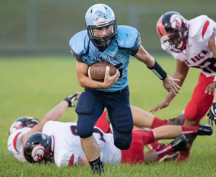 Daniel Cubbage eludes several Eagles defenders and takes off downfield