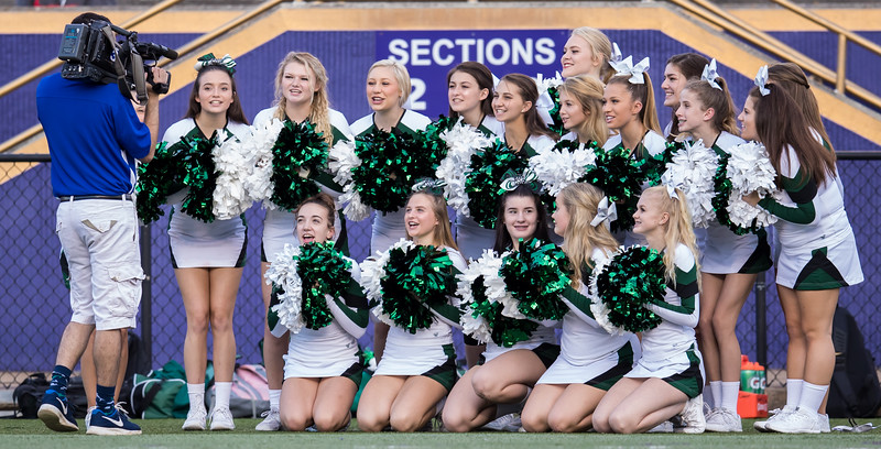 The Broadway Cheerleaders cheer for TV3's End Zone
