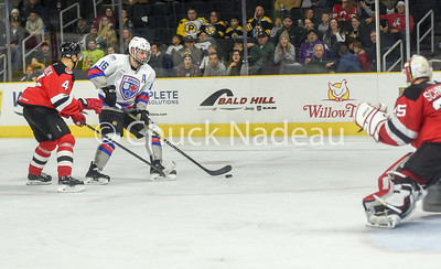 12 6 Prov  Bruins-31