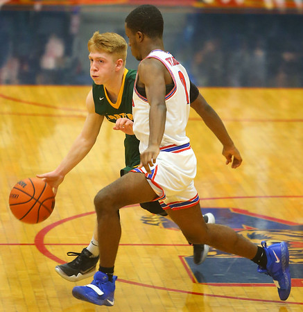 12-27-19<br /> Kokomo vs Eastern boys basketball in the Phil Cox Memorial Holiday Tournament<br /> <br /> Kelly Lafferty Gerber   Kokomo Tribune