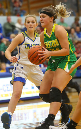 12-13-19<br /> Tri Central vs Eastern girls basketball<br /> Eastern's Jeanie Crabtree drives the ball down the court.<br /> Kelly Lafferty Gerber | Kokomo Tribune