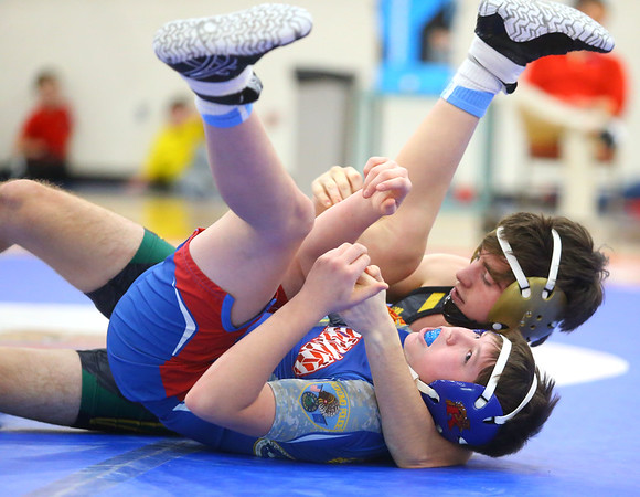 12-4-19<br /> Kokomo vs Eastern wrestling<br /> Eastern's Ethan Duchateau defeats Kokomo's Blakye Acord in the 120.<br /> Kelly Lafferty Gerber   Kokomo Tribune
