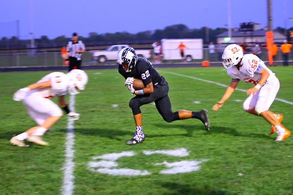 Nathaniel Liddell runs the ball in for a touchdown making it 42-0 in the second half as Western HS defeats Hamilton Heights HS in their Friday night matchup on Sept. 20, 2019.<br /> Tim Bath | Kokomo Tribune