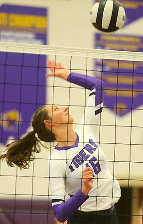 9-3-19<br /> Northwestern vs Clinton Central volleyball<br /> NW's Lexi Robinson goes for a kill.<br /> Kelly Lafferty Gerber | Kokomo Tribune