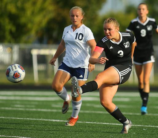 9-28-19<br /> Western vs Central Catholic girls soccer Hoosier Conference Tournament<br /> Western's Samantha Garber makes a kick.<br /> Kelly Lafferty Gerber   Kokomo Tribune