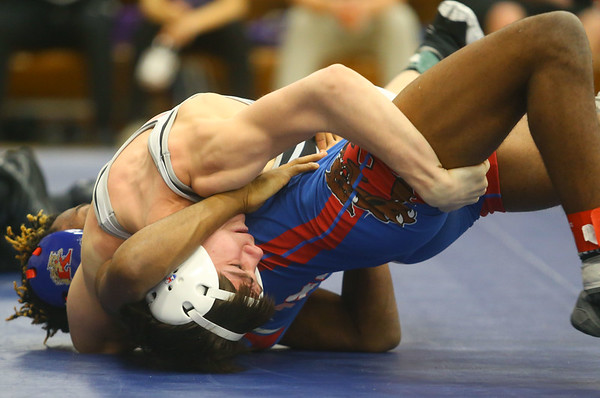 2-1-20<br /> Sectional wrestling<br /> Western's Anthony Martin defeats Kokomo's Harvey Barr in the 106.<br /> Kelly Lafferty Gerber | Kokomo Tribune