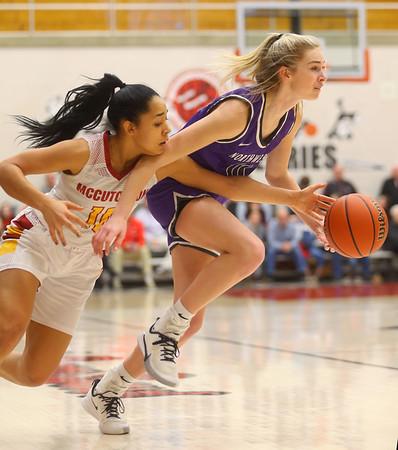 2-8-20<br /> Northwestern vs McCutcheon girls basketball sectional championship <br /> McKenna Layden heads down the court.<br /> Kelly Lafferty Gerber | Kokomo Tribune