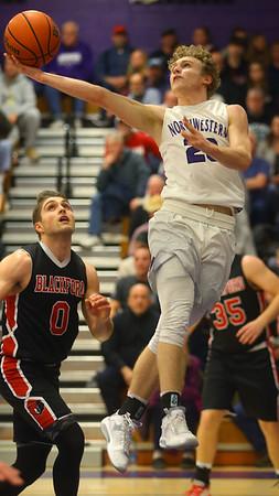 2-11-20<br /> Northwestern vs Blackford boys basketball<br /> NW's Austin O'Neal puts up a shot.<br /> Kelly Lafferty Gerber | Kokomo Tribune